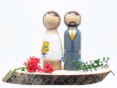 Customizable Wooden Cake Toppers - These Wooden Wedding Cake Toppers Will Remind You of Your Big Day