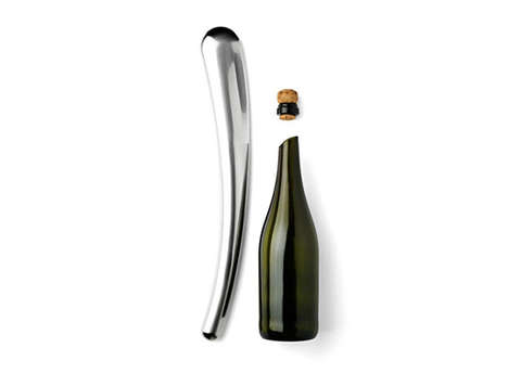 Bottle-Cutting De-Corkers - The Menu Champagne Sabre Equips You to Decapitate Rather Than Corkscrew
