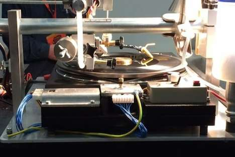 Instant Vinyl Records - Souri Automaten Creates Record Machine That Cuts and Plays at the Same Time