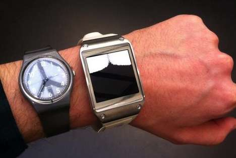 Smartwatch Art Exhibits - Aram Bartholl Pushes the Bounds of Modern Art at the Xpo Gallery