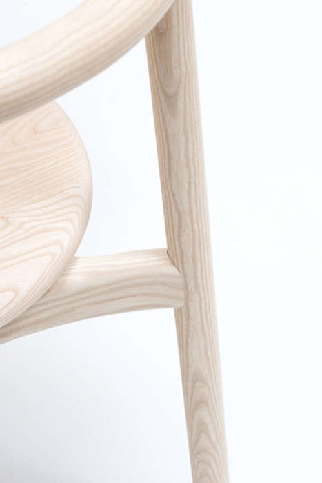 Italian Artisanal Seating - A Modern Chair Called Solo is Flexible and Cost Effective