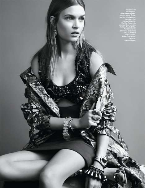 Neo-Tribal Editorials - The L'Officiel Mexico April 2014 Cover Shoot Stars Josephine Skriver
