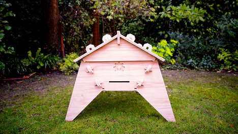 Public Bee-Saving Projects - The Open Source Beehives Project Fights Colony Collapse Disorder