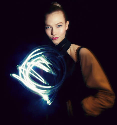 Hypnotic Light Supermodel Portraits - Catwalkers Swap Fashion Month for Art to Pay Homage to Picasso