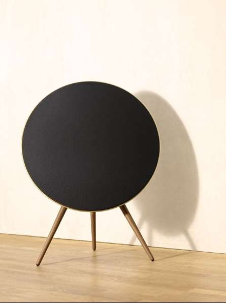 Sleek Saucer Sound Systems - The BeoPlay A9's New All-Black Sound System Looks Super Sophisticated
