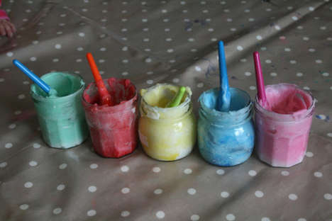 Edible Children Paints - This DIY Edible Finger Paint is Fun and Safe for Kids
