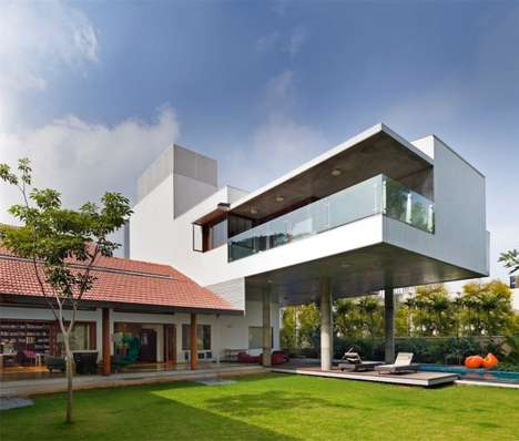 Stress-Free Urban Abodes - The Library House by Khosla Associates Reflects the Lives of Residences