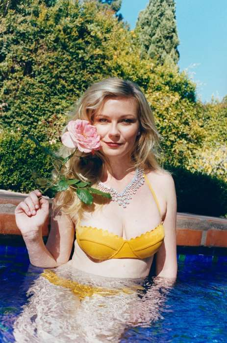 Feminine Celeb Snapshot Editorials - The W Magazine May 2014 Cover Shoot Stars Actress Kirsten Dunst