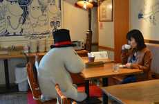 Stuffed Animals in 'Moomin Cafe' Never Let You Dine Alone