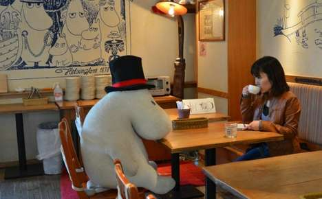 Anti-Loneliness Cafes - Stuffed Animals in 'Moomin Cafe' Never Let You Dine Alone