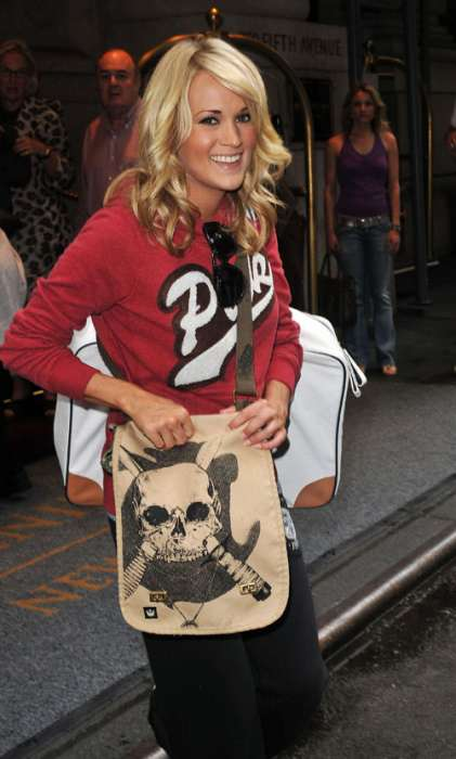35 Macabre Chic Skulls (Carrie Underwood Is a Fan!)