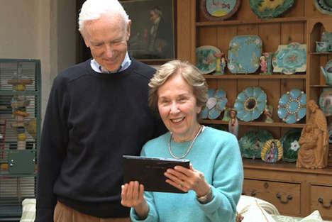Social Media-Connected Photo Frames - The Famatic Social Photo Frame Targets Older Generations