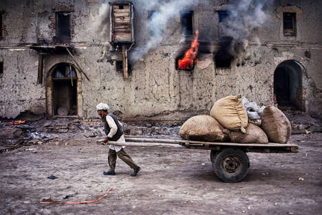 Bold Middle East Photography - This Striking Photos of Afghanistan People are by Steve McCurry