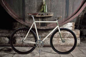 Scatto Italiano Crafts Custom Bicycle Designs with Fine Materials