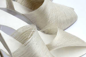 The Lei Zu Silk Shoes Are Made from Silk Filaments and Paper