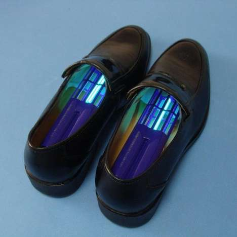 Ultraviolet Shoe Sterilizers - This Shoe Sanitizer Keeps Your Footwear Fancy and Fungus-Free