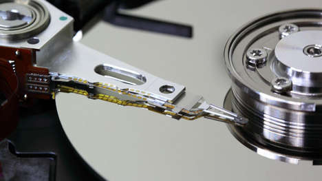Extensive Data Storage Devices - Sony Creates a Magnetic Tape to Store 185 TB on One Cartridge