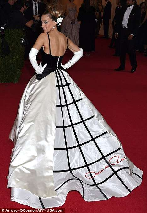 Monochromatic Celeb Ballgowns - Sarah Jessica Parker has a Carrie Bradshaw Moment at the Met Gala