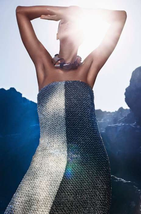 Metallic Mountainside Editorials - Joan Smalls Stars in the Vogue Italia May 2014 Issue