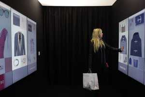Inspiration Corridor Offers Fashion Suggestions and Helps Locate Items