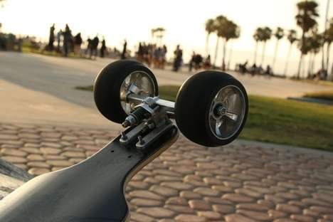 Tilting-Wheel Skateboards - The Lean Skateboard