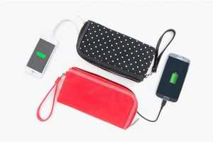 The Power Purse Can Charge Your Phone On-the-Go
