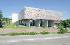 Energy-Saving Headquarters - Hoflab Completes the Unified Building Institutions in Italy