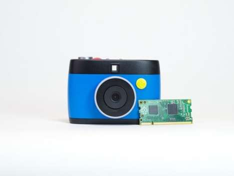 Animation-Capturing Cameras - The OTTO Camera Creatively Shoots in GIFs