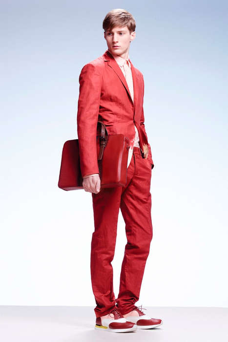Contemporary Suited Casuals - The Bottega Veneta Cruise 2014/2015 Lookbook is Debonaire