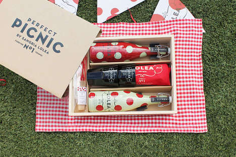 Picnic Drinking Kits - Sangria Lolea's Perfect Picnic Set Contains Party and Summer Essentials