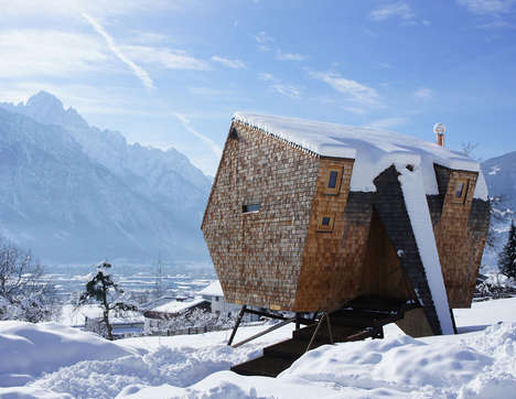Otherworldly Mountain Retreats - This Cozy Wood House Boasts Stunning Views and a Rustic Design