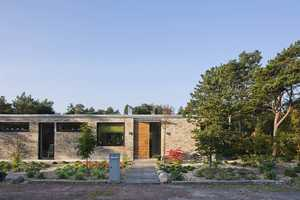 The Hakansson Tegman House by Johan Sundberg is Quaint Yet Memorable