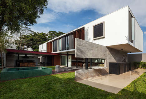 Outdoor Dining Dwellings - The Planalto House in Brazil Allows Outdoor Dinners All Year Round