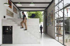 Labyrinth-Like Art Studios