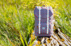 Picnic Print Carryalls - Herschel Supply Co. Unveiled a Collection of Bags with Checkered Patterns