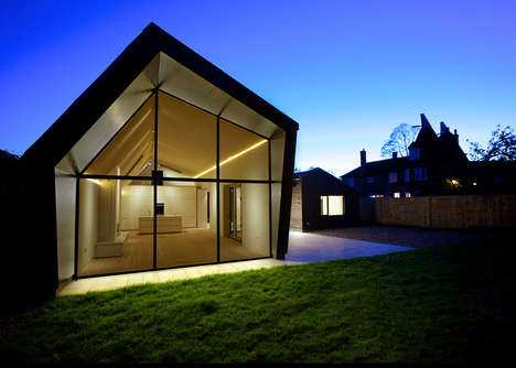 Geometric Manor Homes - The Bourne Lane House was Inspired by English Barns