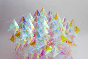 This Dichroic Glass Kite Design Channels the Colored Scales of Butterfly Wings
