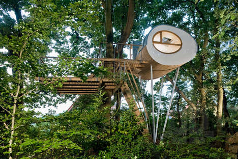 Pod-Constructed Treehouses - The Treehouse Djuren Provides a Tranquil Escape