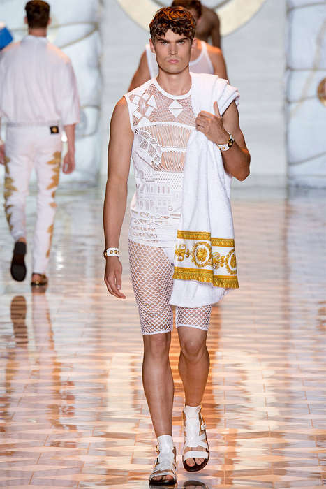 Opulent Vacationer Menswear - The Versace Spring/Summer 2015 Collection is Flamboyantly Dressed