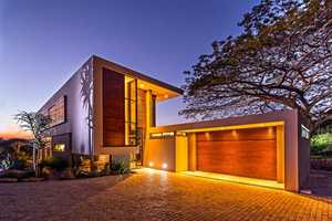 The Aloe Ridge House Diminishes Barriers Between Inside and Out