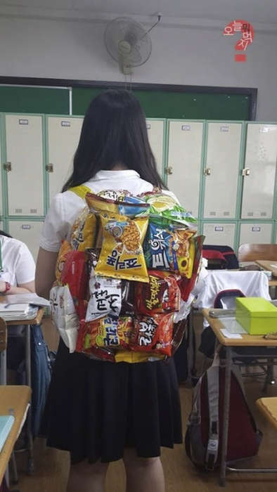 Snack Box Backpacks - Korean Schoolgirls are Wearing Backpacks Made of School Snacks