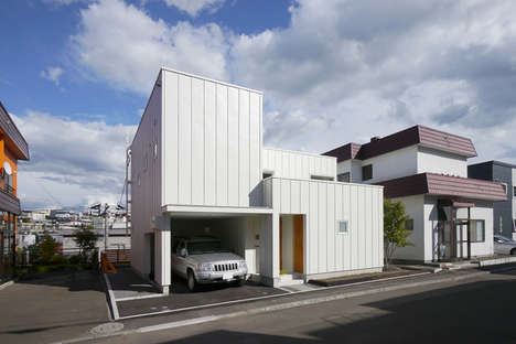 Strategic Lighting Abodes - M+O Completes the Maru House in Japan