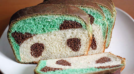 Bear-Shaped Breads - This Panda Bread Reveals a Smiling Bear When Sliced