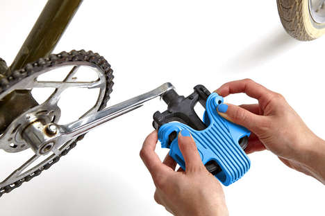 Extreme Grip Bike Pedals - Grippine by Sovrappensiero Makes Peddling Easier for Cyclists