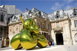 Jeff Koons Versailles Exhibit