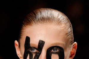 Viktor & Rolf Say NO to Paris Fashion Week
