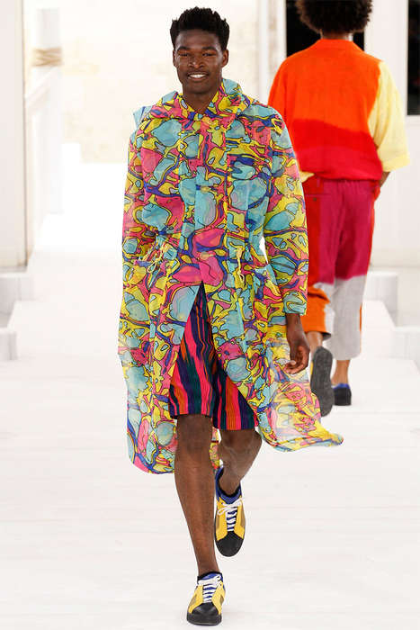 Kaleidoscopic Camo Catwalks - The Issey Miyake Spring/Summer 2015 Collection is