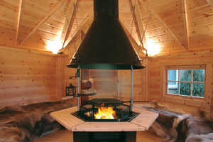 'Arctic Finland House' Sells Personal Scandinavian Grill Houses