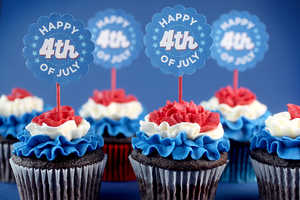 These Memorial Cakes by Bakerella Wish You a Happy 4th of July