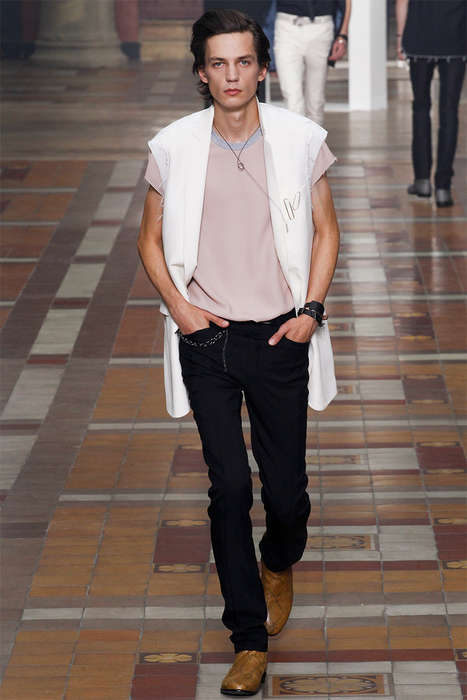 Sophisticated Rebel Runways - The Lanvin Spring/Summer 2015 Collection is Retro-Infused